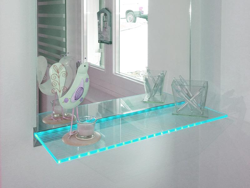 glas im bad. Black Bedroom Furniture Sets. Home Design Ideas